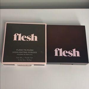Other - BNIB  Flesh highlight powder